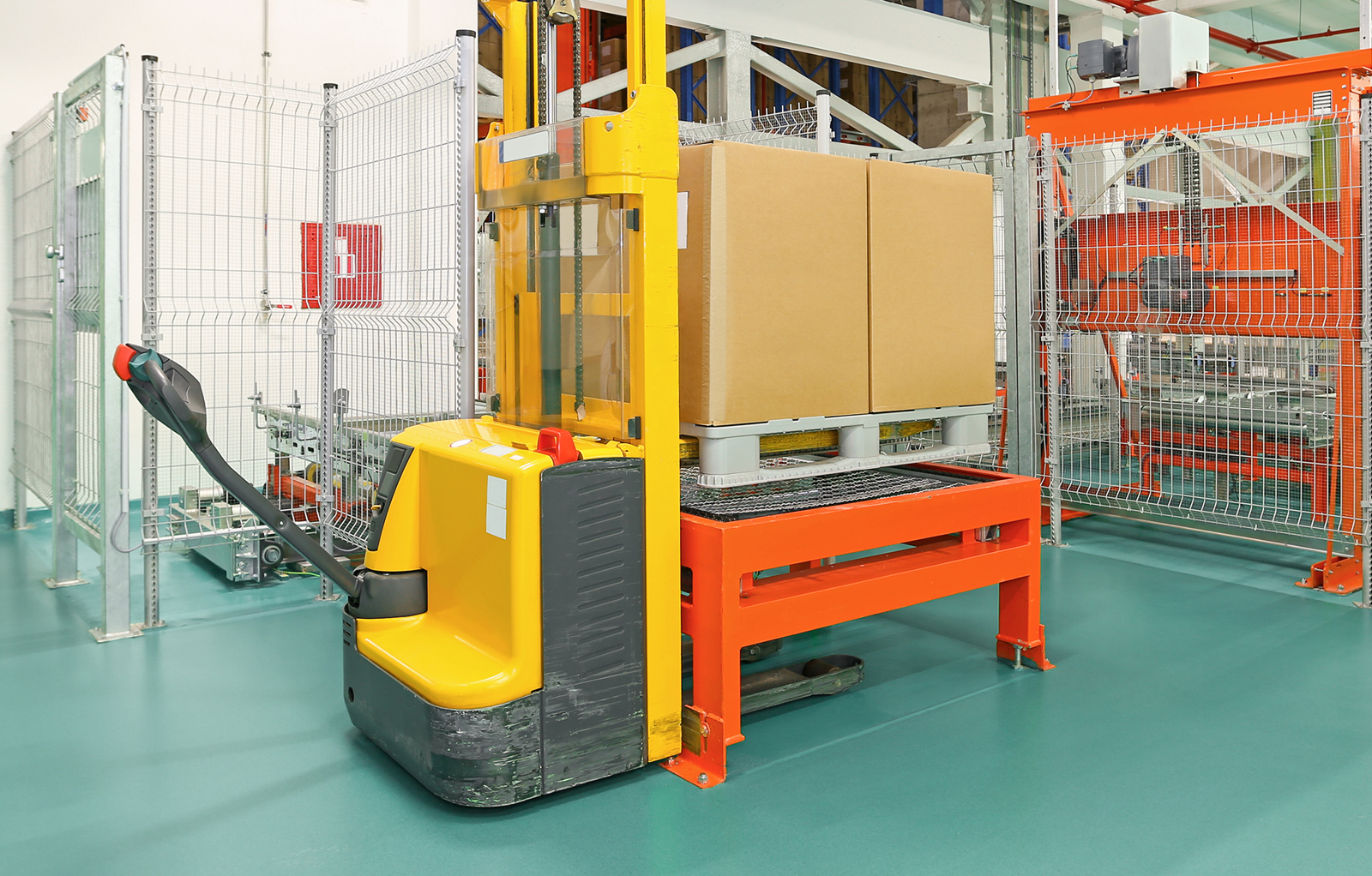 pallet-stacker-feat-img-v2